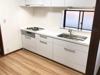 キッチンリフォーム I型に変え空間が広くなったシステムキッチン