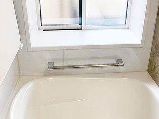 バスルームリフォーム 内窓で外気の流入を軽減し、年中快適にすごせるバスルーム