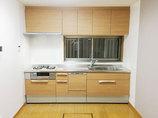 キッチンリフォーム中古物件の水廻りや内装を最新スタイルへ一新し、住みやすい家に