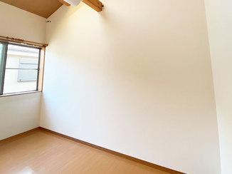 内装リフォーム 子どもの成長に合わせて分けた、プライベートな空間が保てる2つの部屋