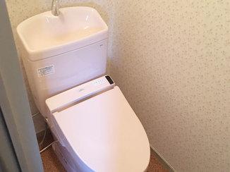 トイレリフォーム 最新機器に取り換え、きれいになったトイレ&ガスコンロ