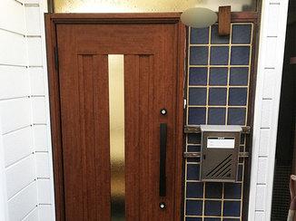 エクステリアリフォーム 見栄えがよくスムーズに開閉できる玄関ドア