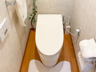 トイレリフォーム お客様のアイデアでおしゃれに仕上がったタンクレストイレ