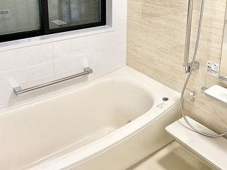 バスルームリフォーム まとめて一新した、お手入れしやすい水廻り設備