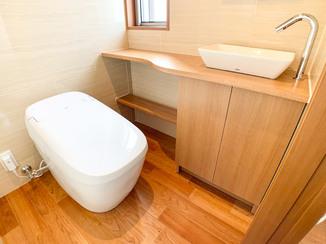 トイレリフォーム 最高級グレードのトイレでつくる、お気に入りの快適レストルーム